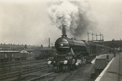 LNER 4-6-2 locomotive No.1473 on 'Up' express leaving Doncaster, 4th April 1923. S.T. Cowan, D_51,Album 1.