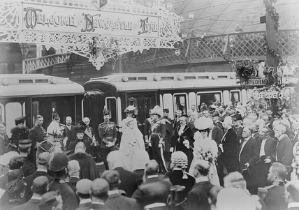 King Edward VII and Queen Alexandra, September 1906. (NRM_90_80).