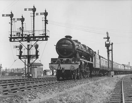 London Midland & Scotland (LMS) 4-6-0 locomotive no. 46162 ' Queen's Westminster Rifleman'