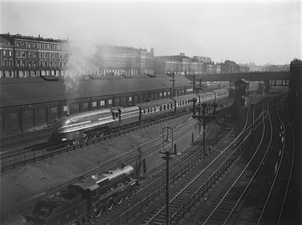 LMS locomotive 'The Queen Elizabeth' up Camdem Bank.