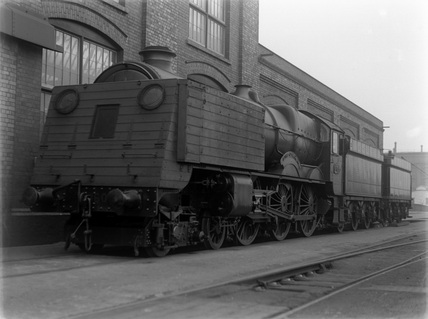 Locomotive no. 6005 and indicator shelter.