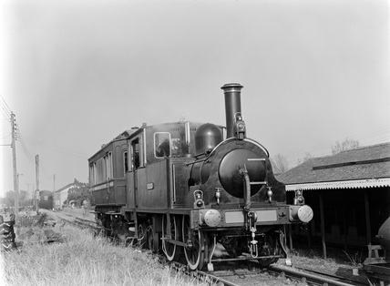 Dunrobin' and saloon at New Romney. Romney Hythe & Dymchurch Railway c1956.