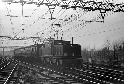 Manchester-Sheffield 1500V dc electric locomotive no. 26002