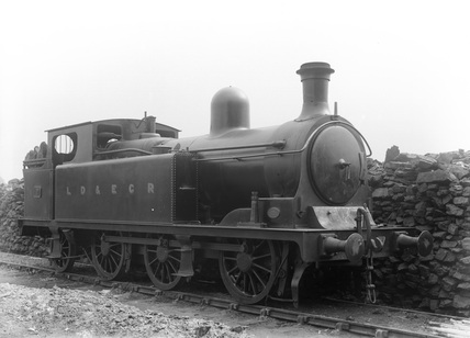 LDEC 0-6-2T locomotive no. 7