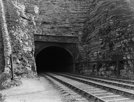 Monsal Dale, Headstone Tunnel 20 April, 1911 (Derby, DY_37)