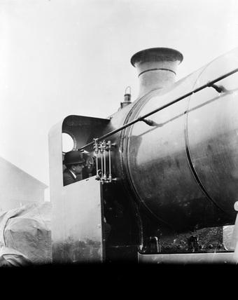 Caledonian Railway 4-4-0 locomotive no. 147. (St Rollox Locomotive Works, SRX_174)