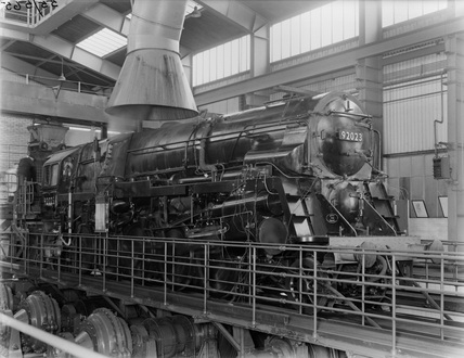 Br Standard Class 9f Locomotive At Rugby Locomotive