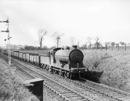 L.N.E.R. Class J37 steam locomotive, 0-6-0 engine No. 64566, c.1946.