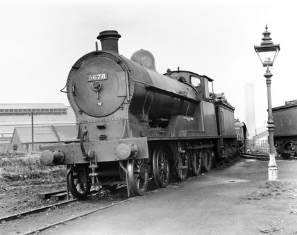 steam locomotive No 5678 Willesden locomotive depot, London, c.1930s.
