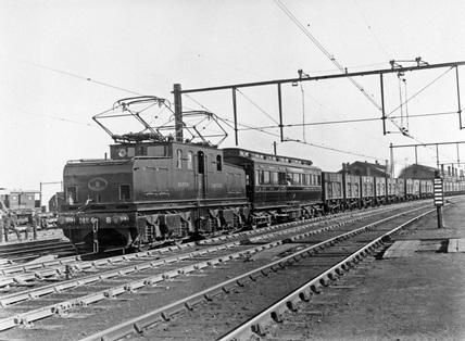 NER BoBo electric locomotive number 8.