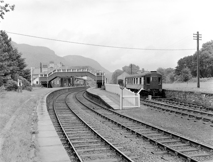 LMS, Betws-Y-Coes Pullman Camping Coach.