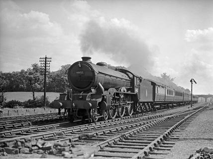 LNER Class B17 locomotive no. 61652.