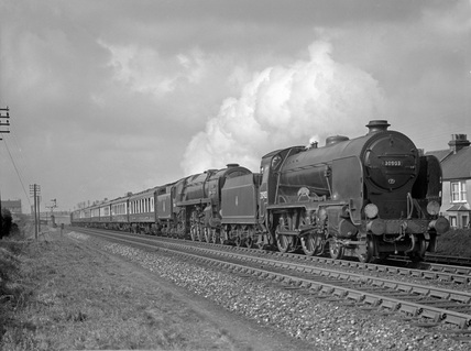 SR 4-6-0 locomotive no. 852.