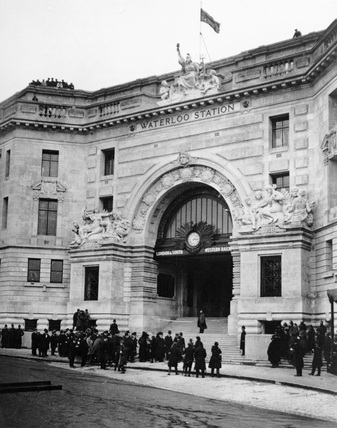 Victory Arch, Waterloo Station, London, 21 March 1922.