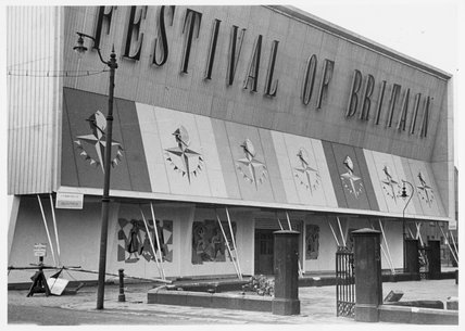 Land travelling exhibition, City Hall , Manchester, April 1951. Exterior view of the Festival of Britain site