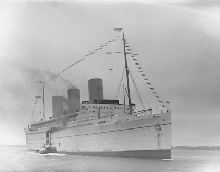 Empress of Britain arriving at Southampton, 21 May 1934.