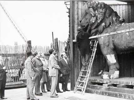Hungerford Lion,inspection, May 25th, 1949