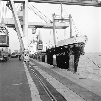 Loading containers, 1969