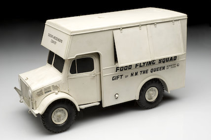 Model of a Second World War canteen lorry, England, c.1945.