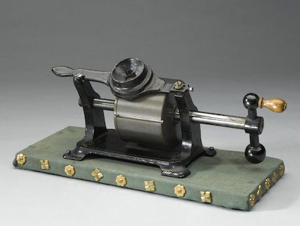 Tinfoil phonograph, by Brehmer Bros, c.1880.