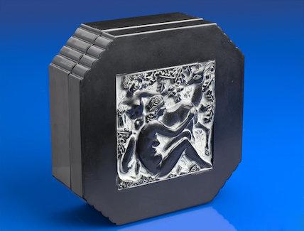 Decorative box of imitation ebony in urea formaldehyde. France, c.1939.