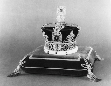Black and White print of the Imperial State Crown.