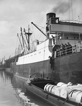 Manchester - postman at Ship Canal - 1935