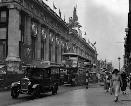 Mail van parked in Oxford Street, London - 1935