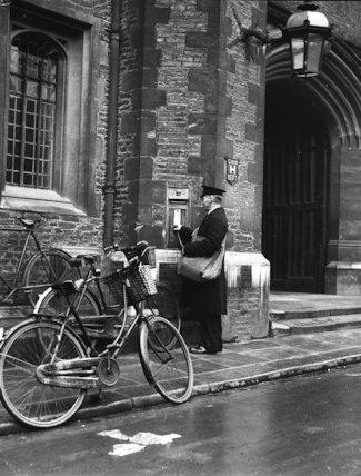 Cambridge - Queen's College - 1936