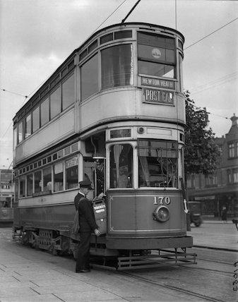 Manchester - post tram - 1935