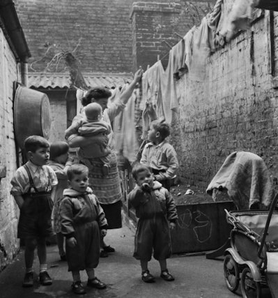 Gorbals-Laundry Day - 1962