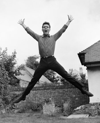 Cliff Richard-jumps for joy - 1963