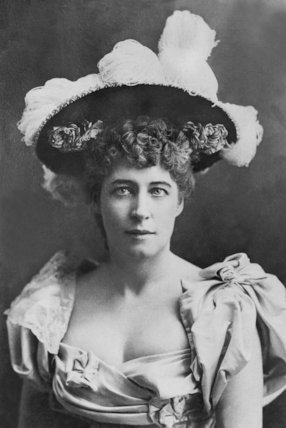 A Portrait Of Lily Langtry - c1902