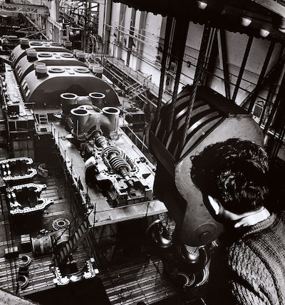Steam turbine being assembled