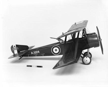 Model of Sopwith 1 1/2 Strutter