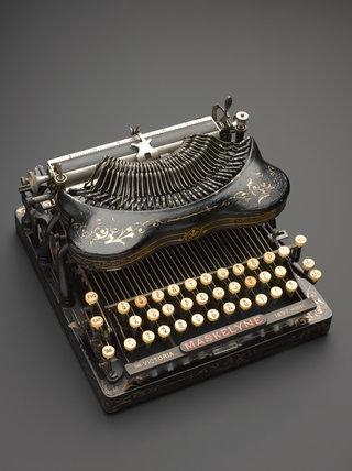 Maskelyne Victoria typewriter (series A no.8)