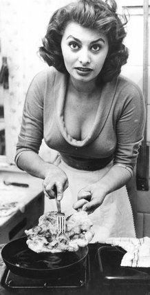 Actress Sofia Loren, b.1934.