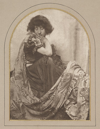 Decorative Lady in Black, about 1900