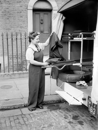 Russian woman friend of Tolstoi is London ambulance driver,  8th October 1941