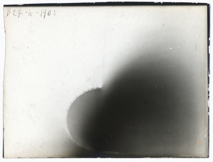 Photograph on POP paper by Henri Becquerel showing experiments with beta rays, 1901.