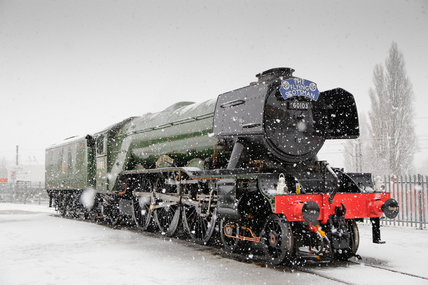 Flying Scotsman locomotive in the snow, 2016.