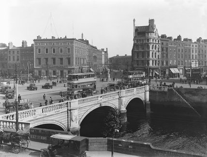O'Connell Bridge, Dublin, about 1927