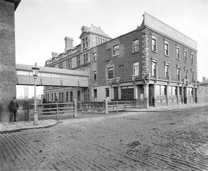 North Western Hotel at North Wall, Dublin, May 1886.