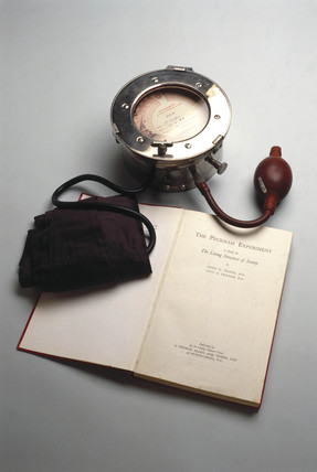 Plesch Tonsillograph, 1931-1940.