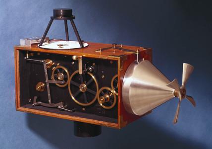 Model F aerial automatic film camera, 1915-1921.