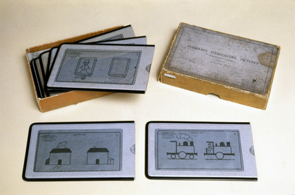 Set of stereo pictures on re-usable drawing pads, early 20th century.