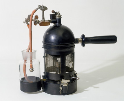 Carbolic acid solution spray, French, 1860-1887.