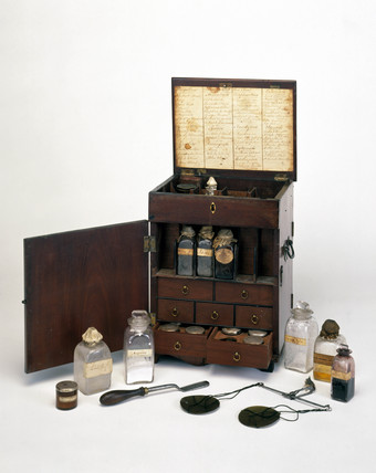 Mahogany medicine chest, 19th century.
