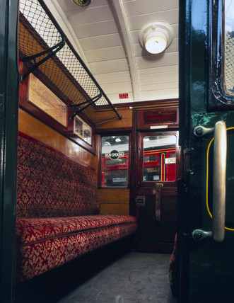 Interior of Southern Railway (SR) carriage, 1925.