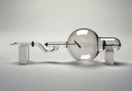 Jackson X-ray tube, 1896.